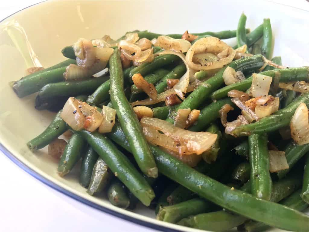 Green Beans with Sauteed Onions