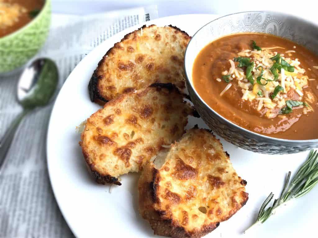 Classic Old-Fashioned Tomato Soup