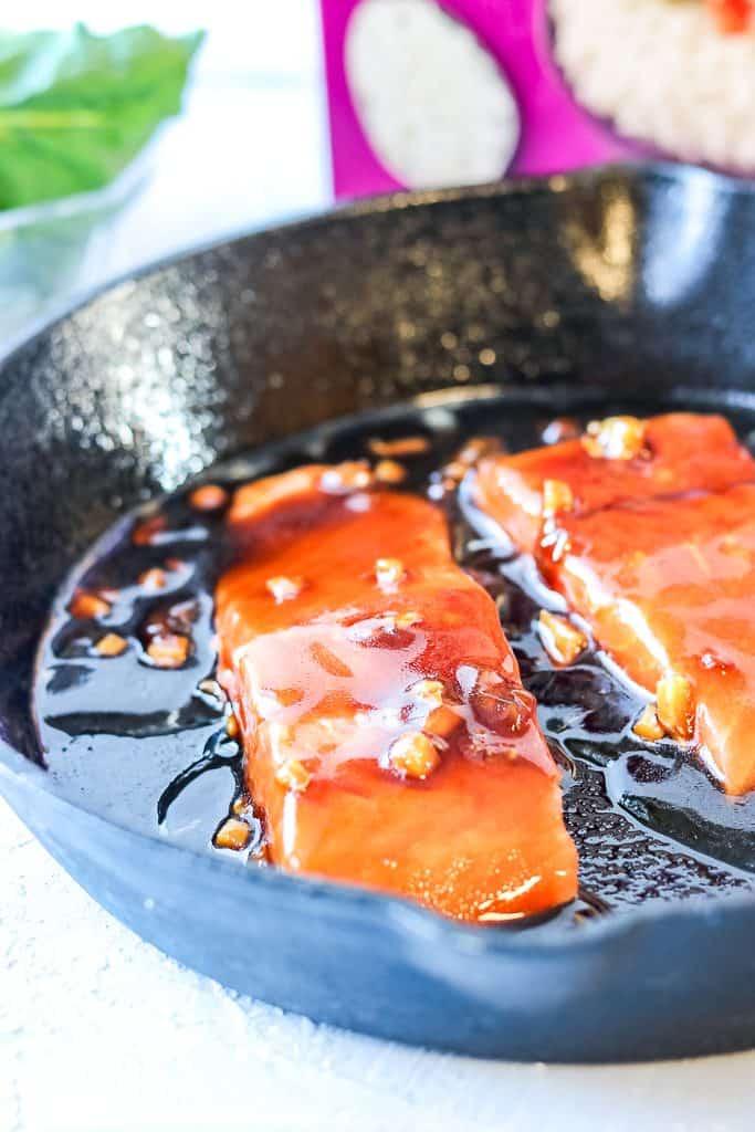salmon rice bowl - Salmon in Sauce