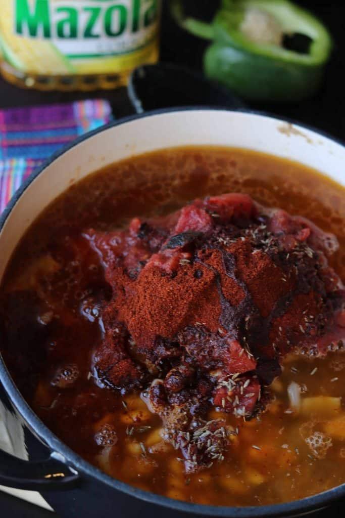Turkey meat sauce to create Turkey bean chili