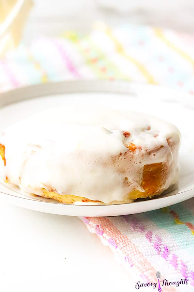 Cinnamon Rolls air fryer on white plate