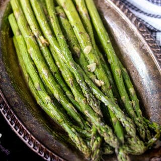 Cooked Asparagus on plate