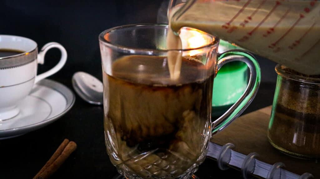 latte being pulled in coffee mug