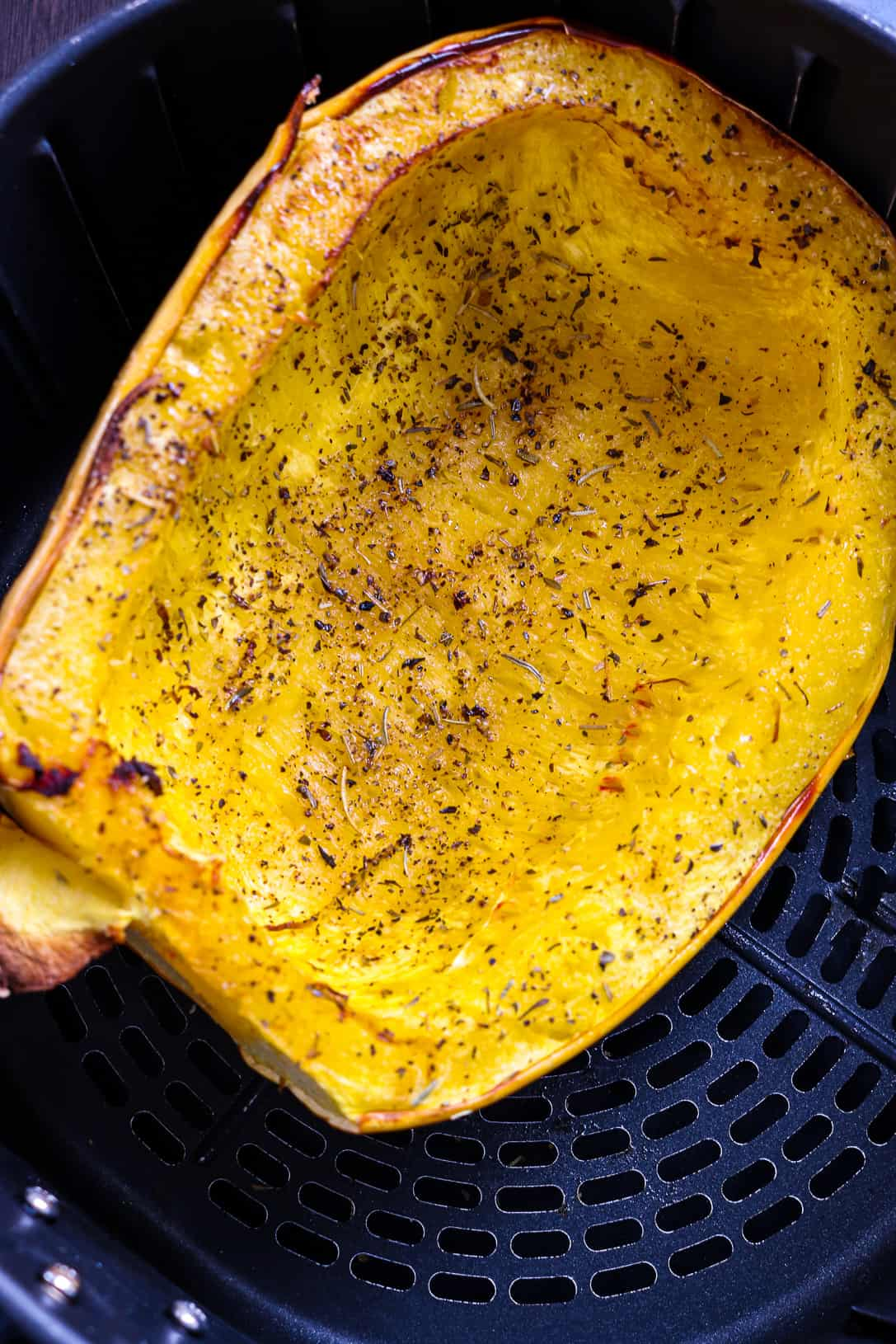 cooked spaghetti squash in air fryer basket