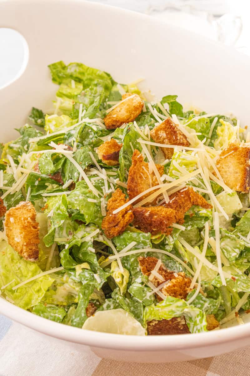 lettuce, croutons and cheese in large bowl